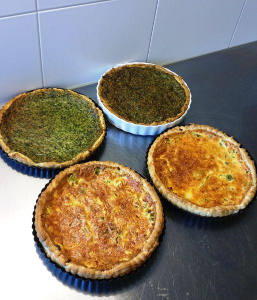Voorbereiding catering Huis in de Wijk